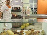 لزومیان: قیمت نان صنعتی هنوز تغییری نکرده است