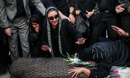 مراسم تشییع همـسر زیبا بروفه