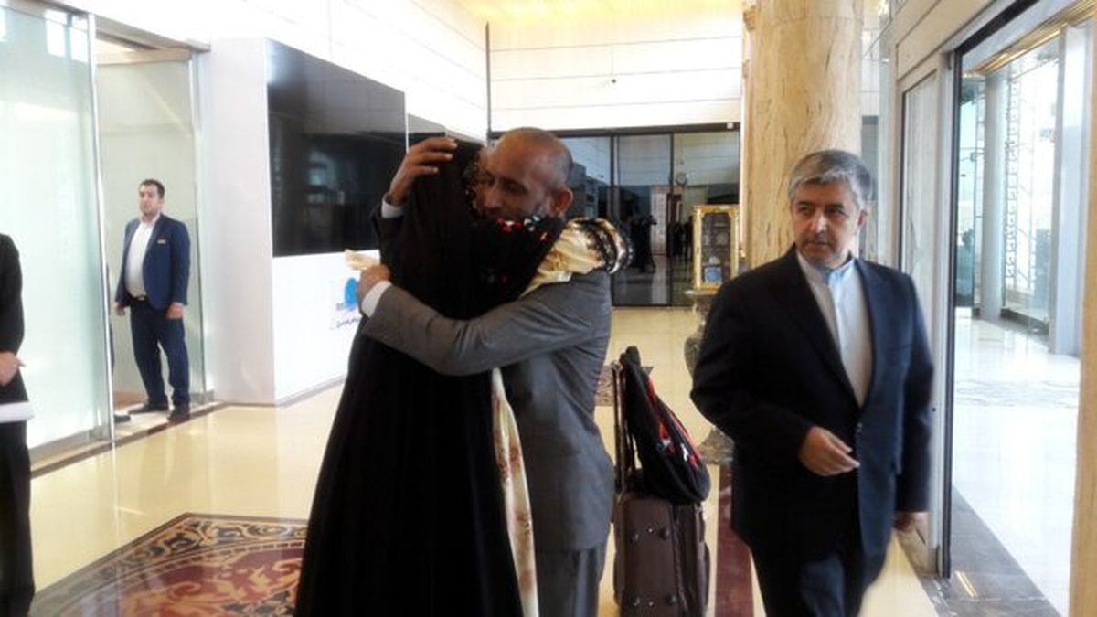 بازگشت ملوان ایرانی بعد از ۴سال اسارت در بند دزدان دریایی سومالی