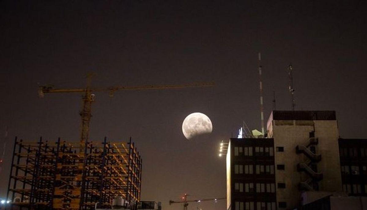 5مرداد طولانیترین ماهگرفتگی قرن را ببینید
