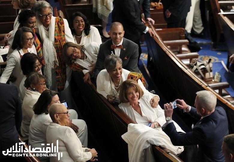 سفیدپوشی زنان دموکرات