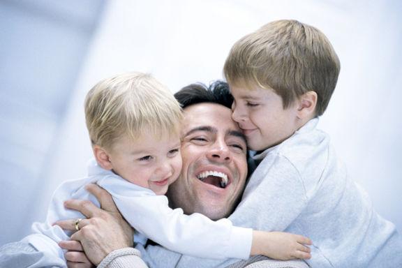 اولین و مهمترین کار پدران در حق فرزندانشان