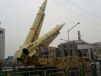 نمایش موشکهای بالستیک سپاه در راهپیمایی 22بهمن +عکس