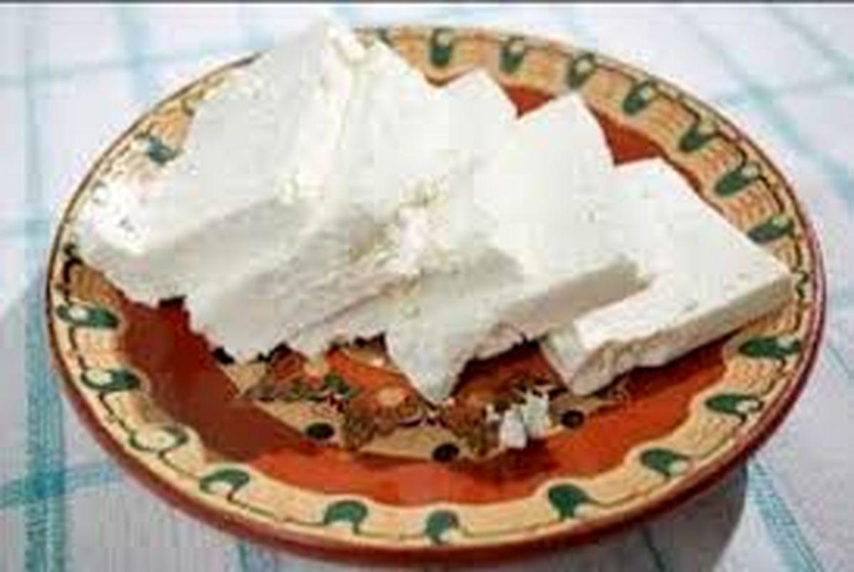 دور شدن تدریجی پنیر از سفره صبحانه