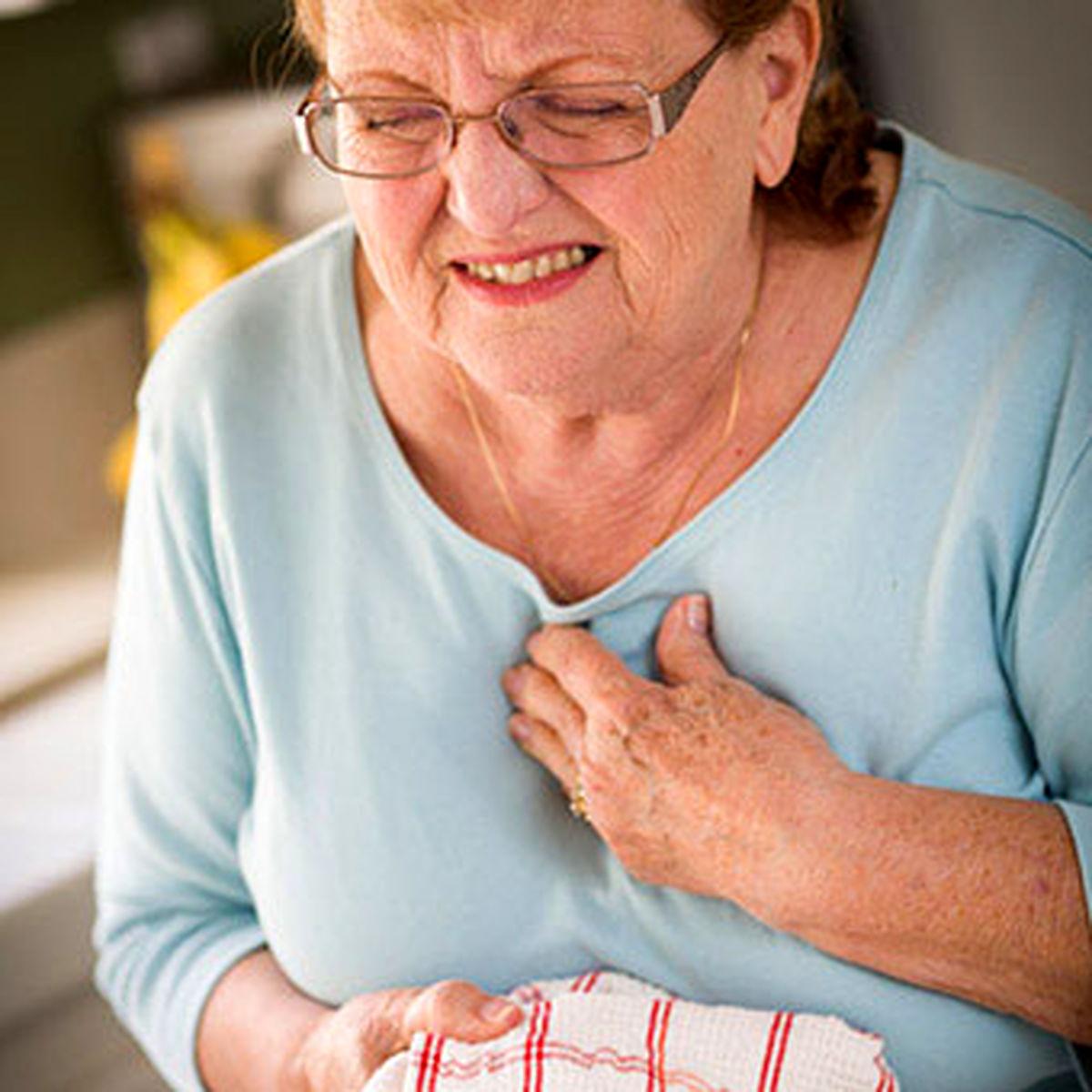 علت حمله قلبی چیست؟