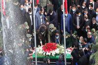 اقامه نماز بر پیکر شهید محسن فخریزاده +فیلم