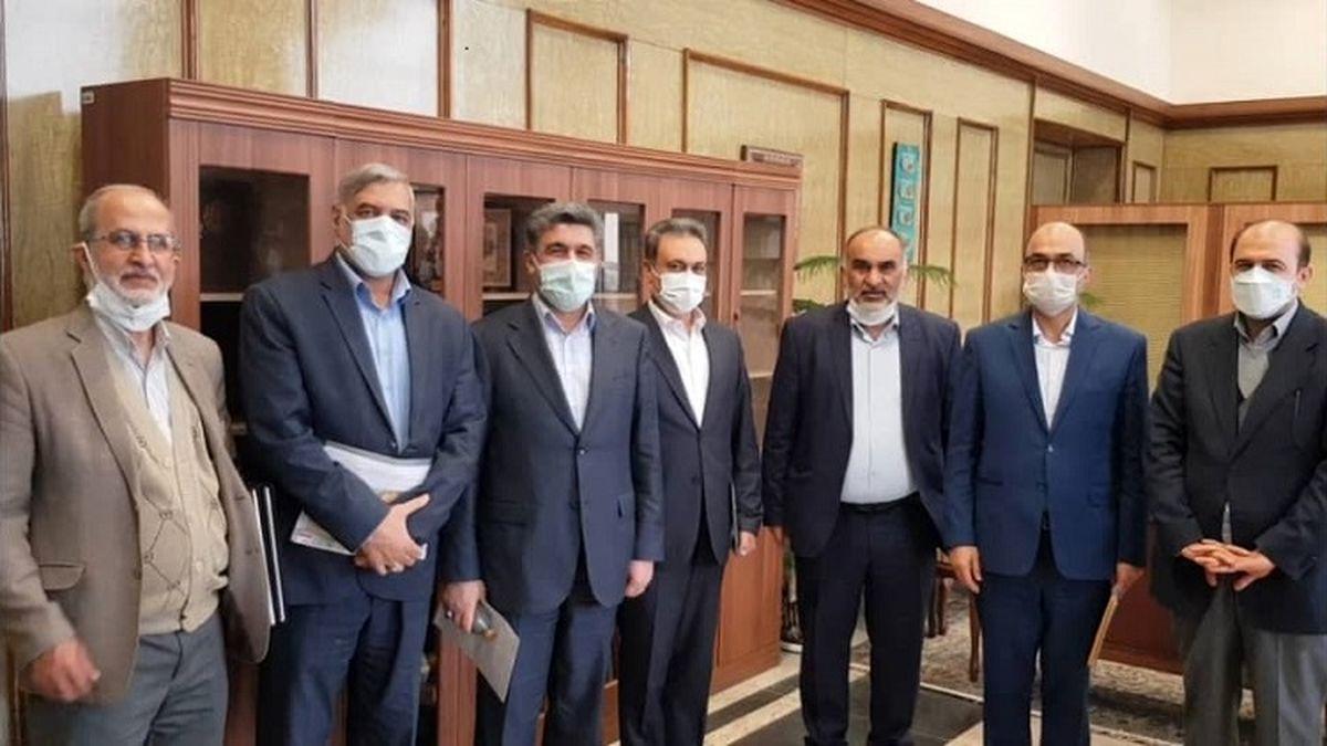 مشارکت بانک ملت در تامین پوشاک نوروزی ۵۰۰دانش آموز