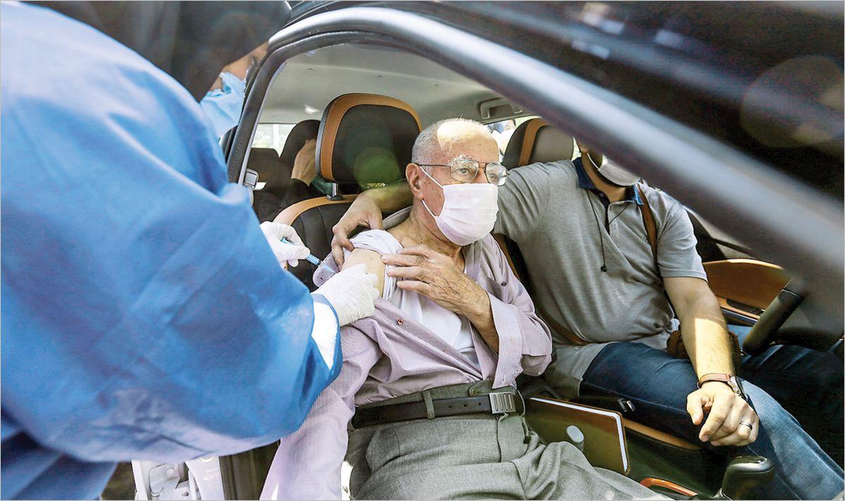 زمان واکسیناسیون افراد ۶۵ سال به بالا اعلام شد