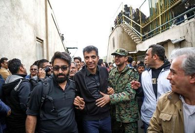 مجری معروف در مراسم مرحوم پورحیدری +عکس