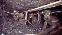 کار ارزان در تونلهای مرگ