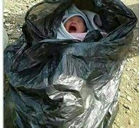نجات نوزاد رها شده در سطل زباله