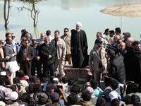 رئیس جمهور در بین سیلزدههای سیستان و بلوچستان +تصاویر