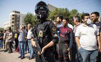 گرداندن اراذل و اوباش در محله تهرانپارس +عکس