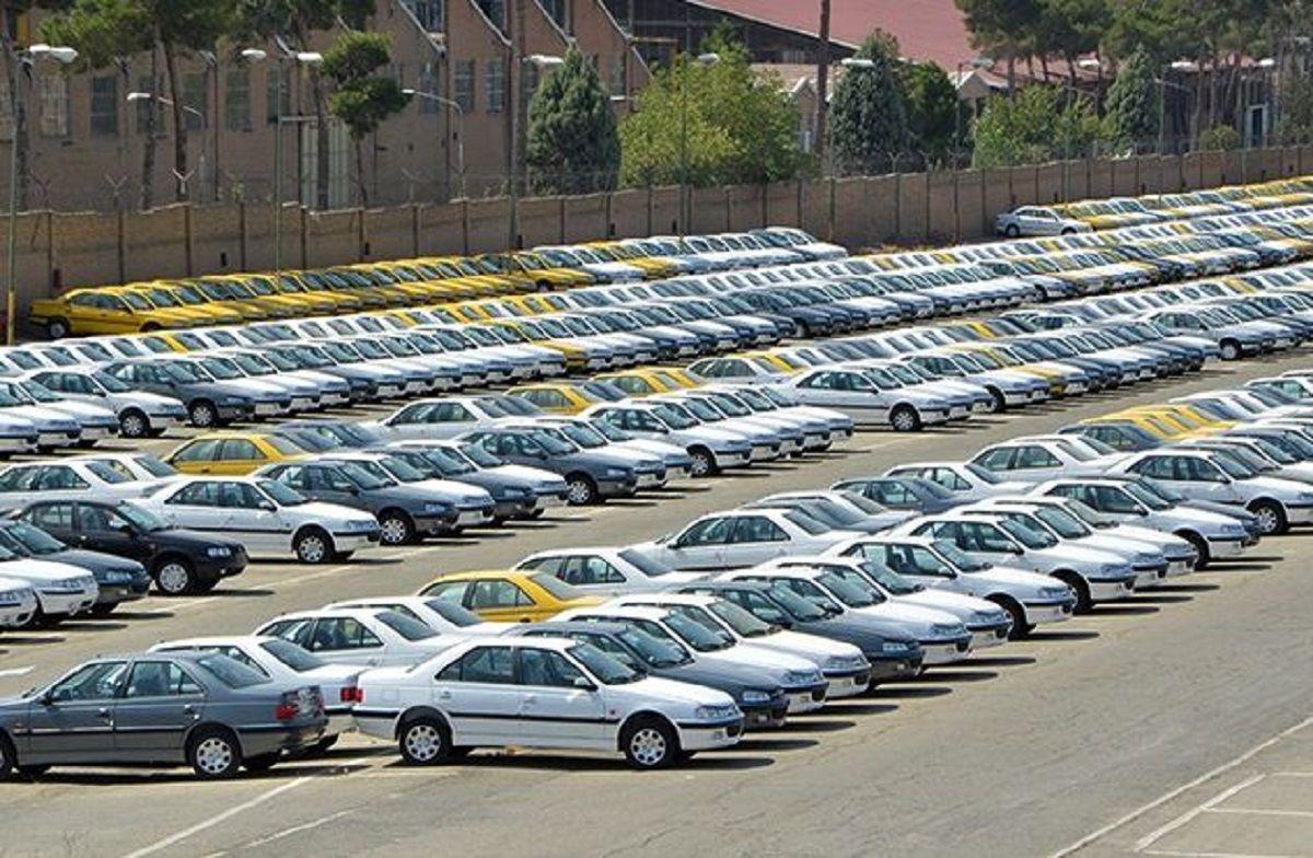 ۱۰۰هزار خودرو ناقص در پارکینگ خودروسازان