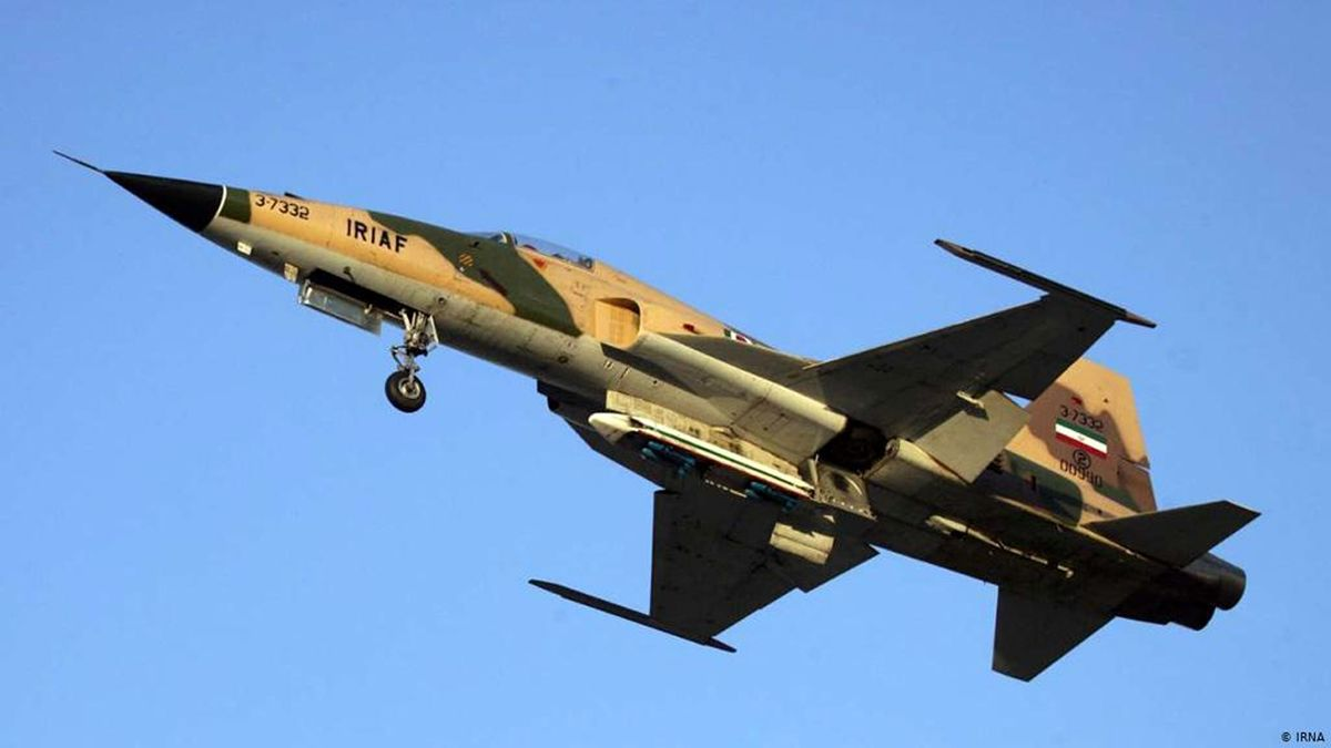 شهادت ۲ خلبان هواپیمای اف ۵ در دزفول + عکس