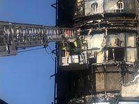 مهار آتش سوزی یک مجتمع تجاری اداری در کرج