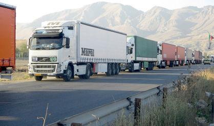 رایزنی برای تخصیص ارز به رانندگان کامیون