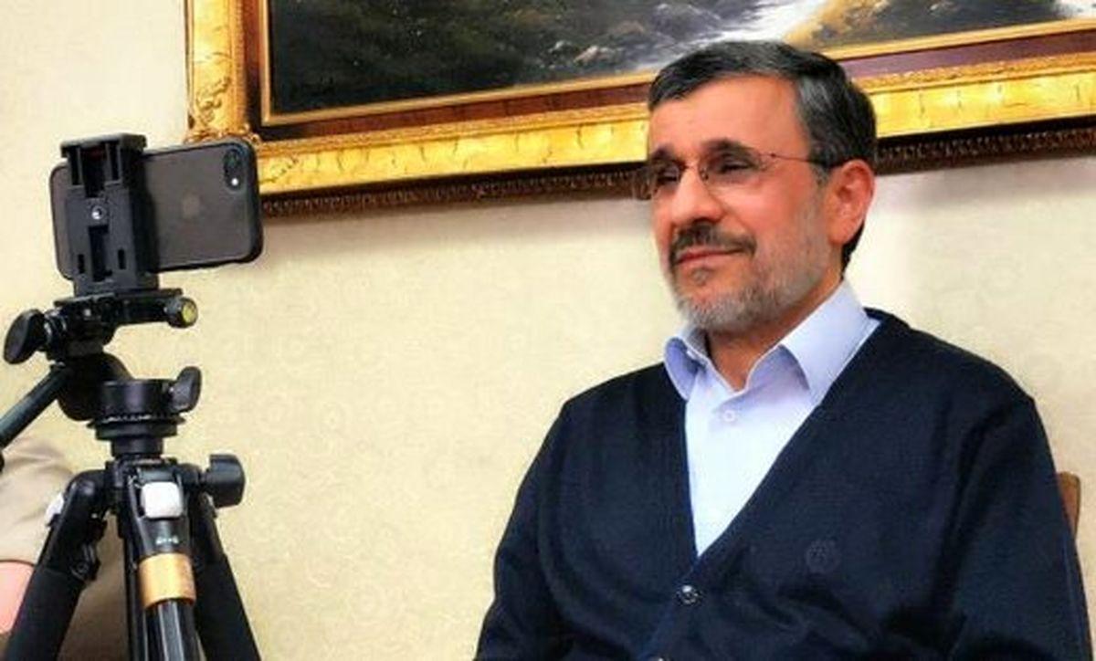 بازی احمدی نژاد با افکار عمومی با استراتژی تکراری «بگم بگم»