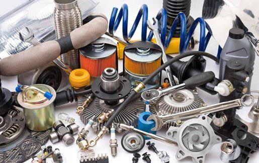 انباشت مواد اولیه در گمرک/ تولید خودرو دچار مشکل میشود