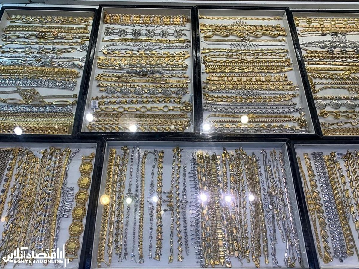 هجوم مردم به طلافروشیها برای فروش طلا