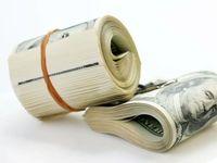 انتقاد نسبت به تخصیص ارز از طریق سامانه نیما/ تعطیلی صرافیها اشتباه بود