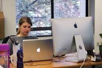 کارکنان اپل هم دورکاری میکنند