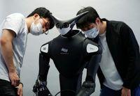 آغاز آزمایشی فعالیت ربات فروشنده در ژاپن