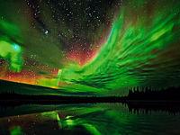 شفق قطبی در آسمان منطقه لاپلند در شمال فنلاند +فیلم