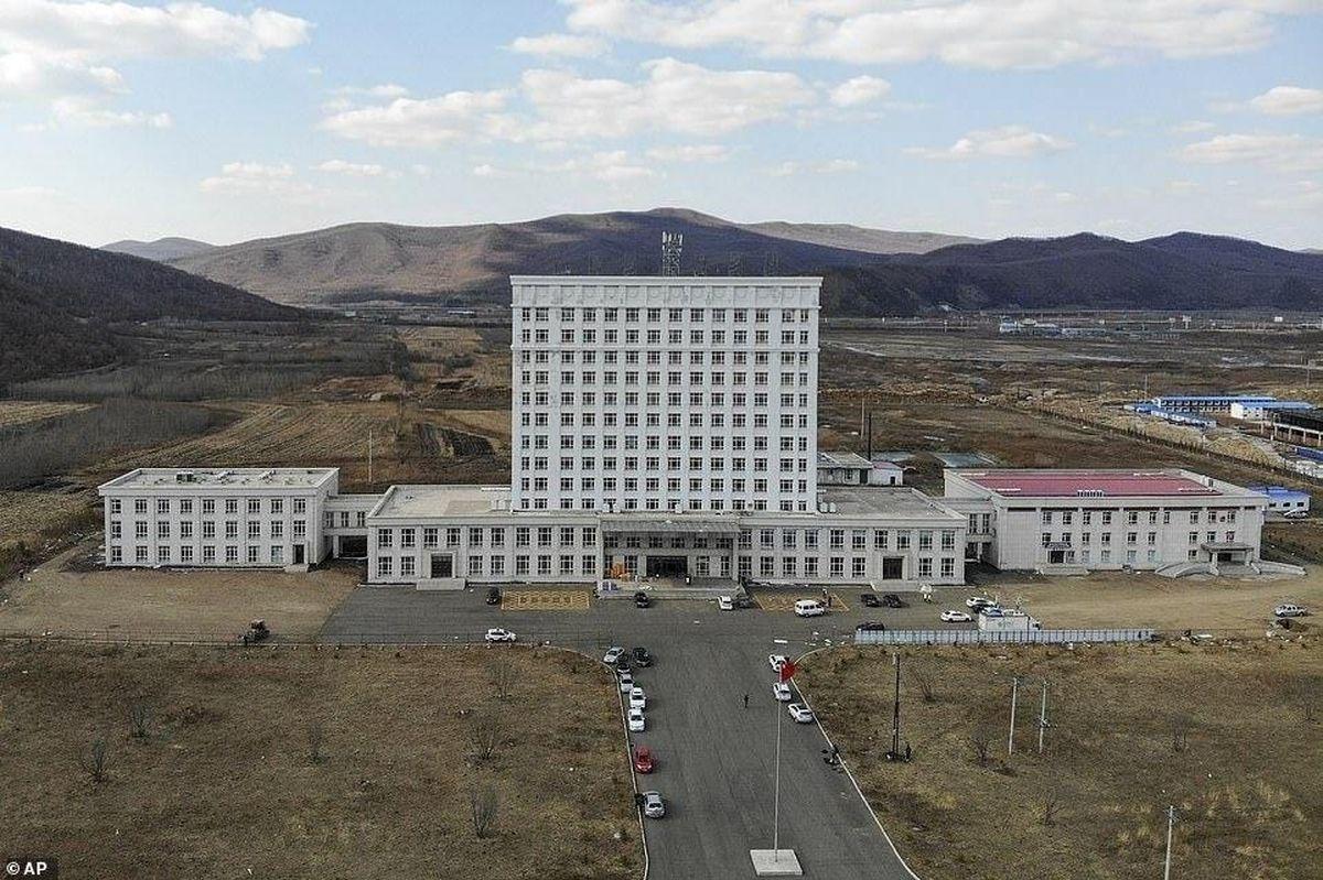 چین یک بیمارستان جدید برای بیماران کرونایی ساخت