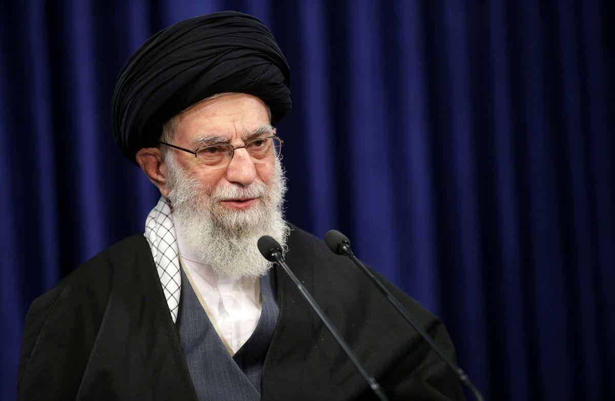 تیتر سایت رهبر انقلاب درباره اختلاف دولت و مجلس +عکس