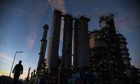 توجیه سرمایهگذاری در صنعت پتروپالایشی/ سود دوچندان در تکمیل زنجیره ارزش نفت است
