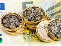 کاهش قیمت یورو در نیما