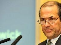 آمریکا دنبال منصرف کردن ایران از پیگیری منافع ملی است