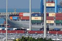 سهم واحدهای تولیدی از واردات/ عدم ترخیص حتی یک کانتینر قاچاق