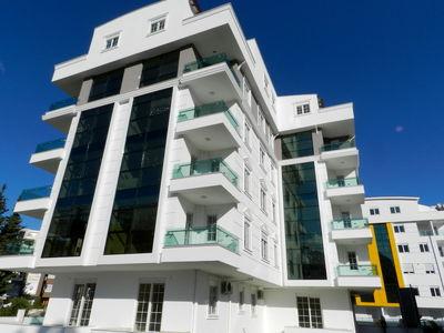 قیمت پیشنهادی آپارتمانهای بیش از ۱۰۰متر در تهران