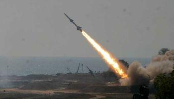 لحظه برخورد موشک به فرودگاه عربستان +فیلم