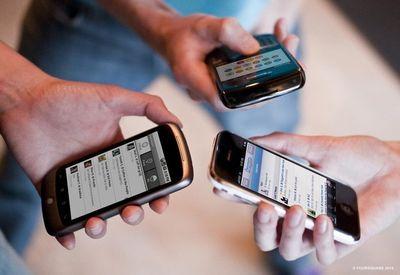 برخی واردکنندگان تلفن همراه آماده افزایش قیمت هستند