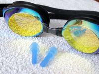 استفاده از عینک شنا در فضا!