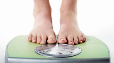 چگونه با انجام ورزش وزن کم کنیم