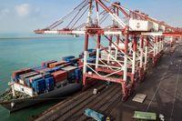 صادرات کالاهایی با ارزش افزوده بالا افزایش یافت/ واقعی شدن نرخ ارز به صادرات کمک کرد
