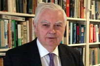 انگلیس اجرای رأی دادگاه لاهه را پیگیری میکند