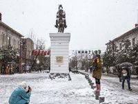 بارش برف در رشت +عکس