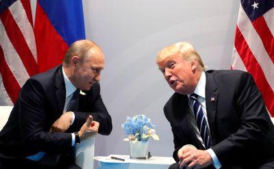 خوانساری: ایران و روسیه با مشکل تردید در روابط مواجه هستند / آمریکا با تحریمهای جدید، روسیه را در یک دست انداز تاریخی انداخت