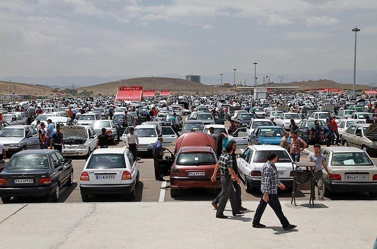 قیمت روز خودرو (۹۹/۵/۲۱)/ هزینه سرکوب قیمت خودرو در کارخانه را مردم میدهند