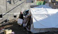 چادرنشینی زلزله زدگان رامیان در برف +عکس