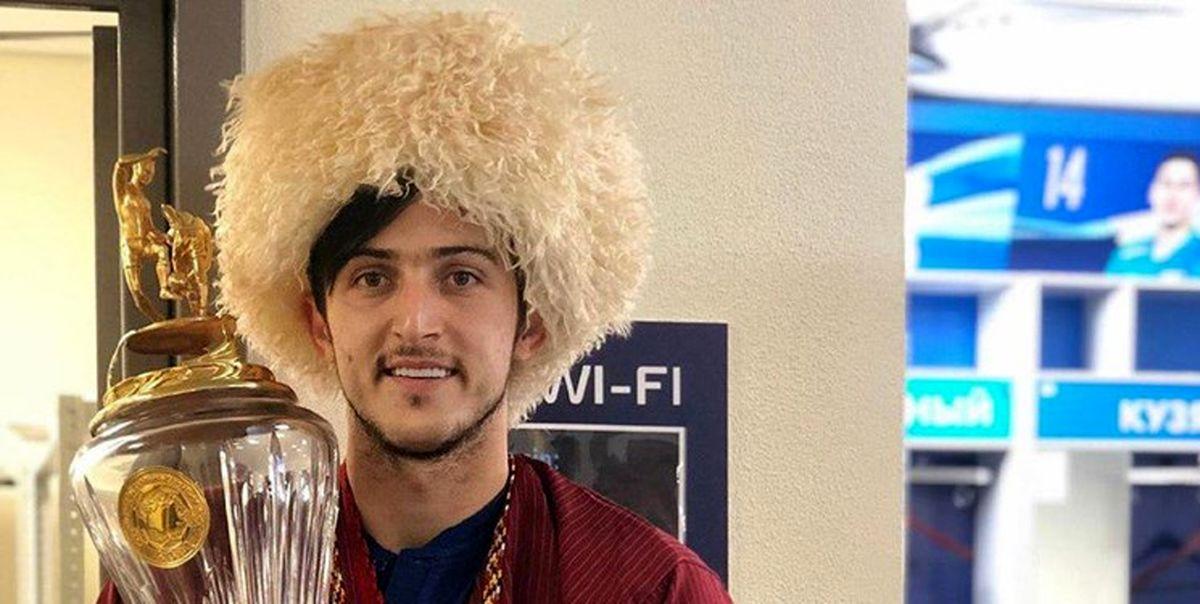 سردار آزمون میهمان تمرین والیبالیستها در روسیه +عکس