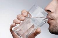 نوشیدن زیاد آب مانع ابتلا به کرونا میشود؟