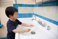 چند توصیه برای تشویق کودکان به شستن دستها