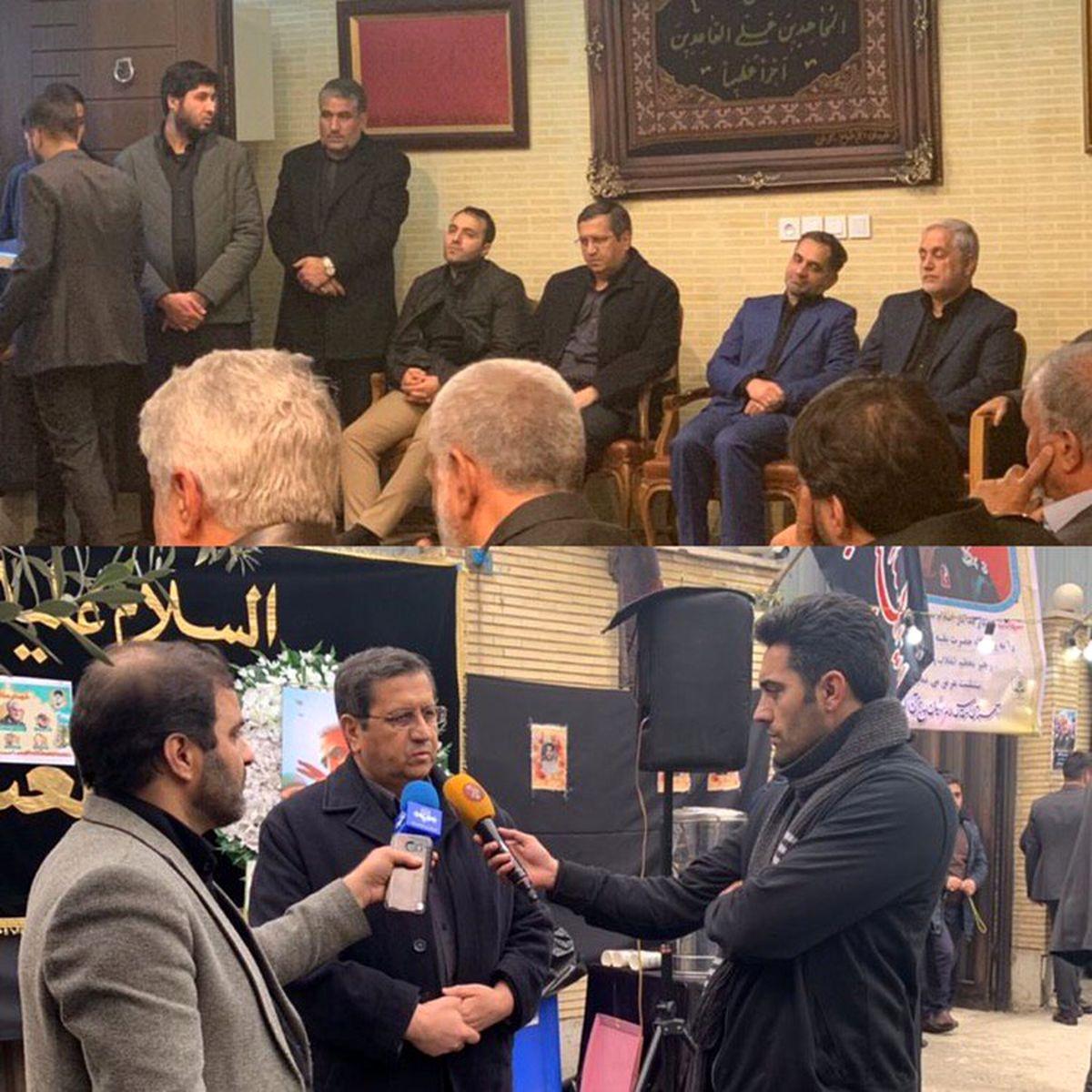 حضور همتی در منزل سردار شهید سلیمانی +عکس