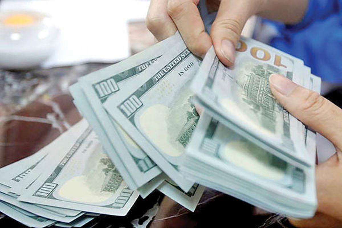 دلار چگونه مرز شکنی کرد؟